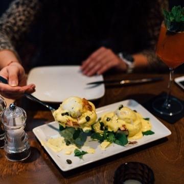 Уикенд маршрути: На неделен брънч в Jasmine Gastro Bar