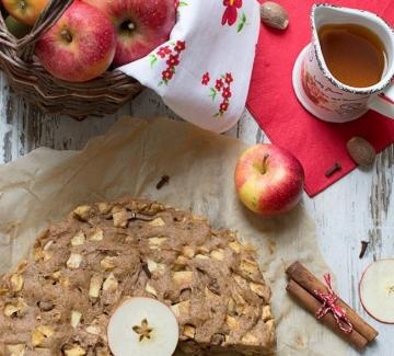 Ябълков кейк с ароматни подправки