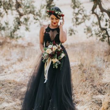20 черни сватбени рокли само за смели момичета