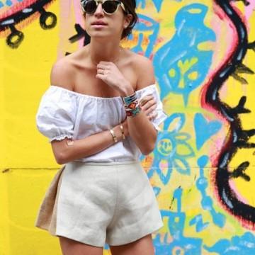 Как се носят дрехи с голи рамене
