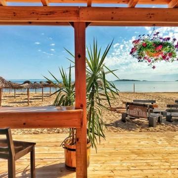 Летни маршрути: Bash Bar, едно познато и любимо място