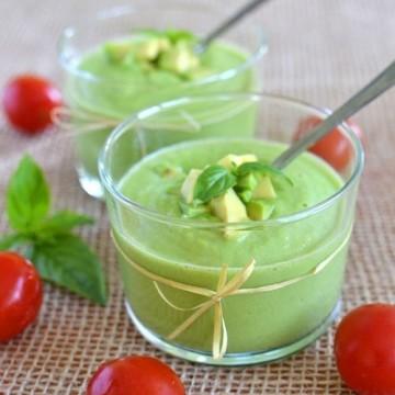 Свежа сурова супа от зеленчуци