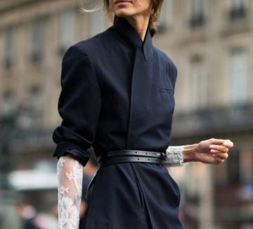 12 основни дрехи и аксесоари, върху които може да изградите целия си гардероб