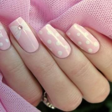 25 предложения за маникюр в розово