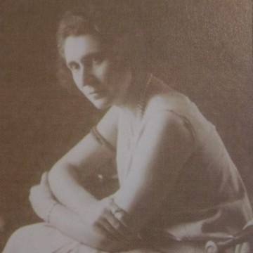 Констанца Ляпчева – бездетната майка на българските деца