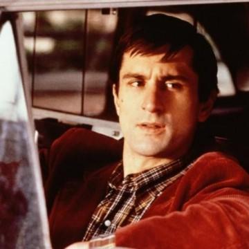 Вижте разрешителното на Робърт Де Ниро за шофьор на такси от 1975 г.