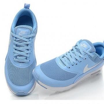 Подаряваме ви светлосините Nike Air Max Thea!