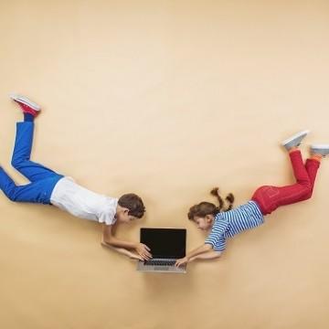 Да, има смисъл децата да играят електронни игри