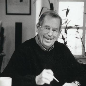 """""""Културният упадък ме ужасява повече от икономическия."""" Вацлав Хавел"""