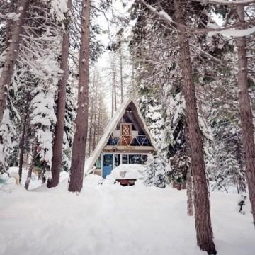 20 приказни зимни къщички, които ще ви омагьосат