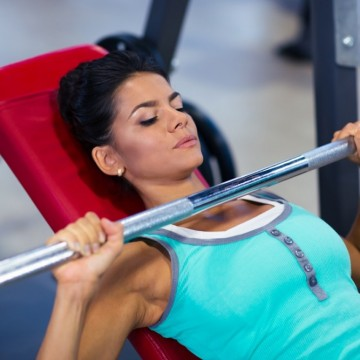 Хранене и тренировки по време на месечен цикъл. Всичко, което трябва да знаеш!