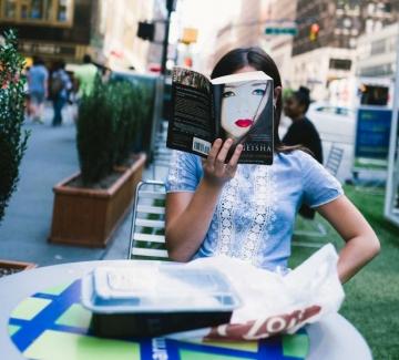 23 снимки от улиците на Ню Йорк, които улавят красотата на случайността