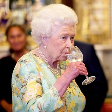 Чаша вино на ден е най-доброто упражнение за дълголетие
