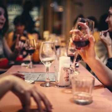 Уикендът и градът:  Музика и вино