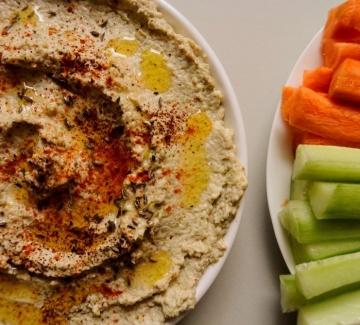 Хумус от тиквички