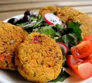 Вкусно по природа: Кюфтенца от нахут с нори водорасли