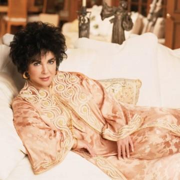 Кафтанът – дрехата на бохемите и милионерите