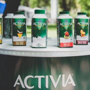 Активиа напитка – един от задължителните плодови аксесоари за лятото