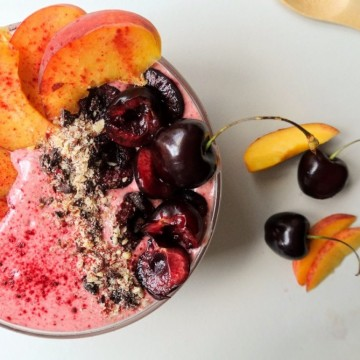 Вкусно по природа: Праскови, череши, сладолед