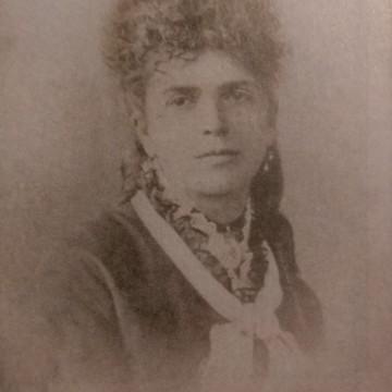 Първият брачен договор и първата дама на Царство България