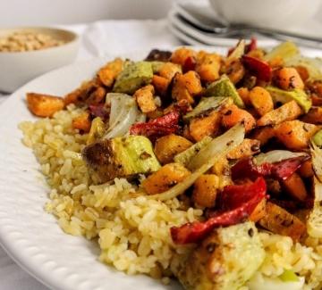 Вкусно по природа: Печени зеленчуци с булгур и арабски подправки