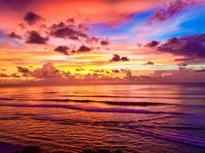 Топ 10 места в света, където да снимате най-впечатляващите залези