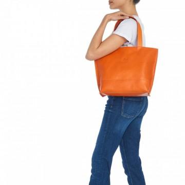 Находка на деня: Оранжева винтидж чанта от тосканска кожа