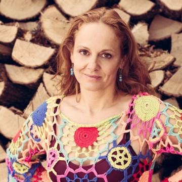 Параскева Джукелова: Възпитаните търпят, преглъщат и се опитват да не влизат в скандала
