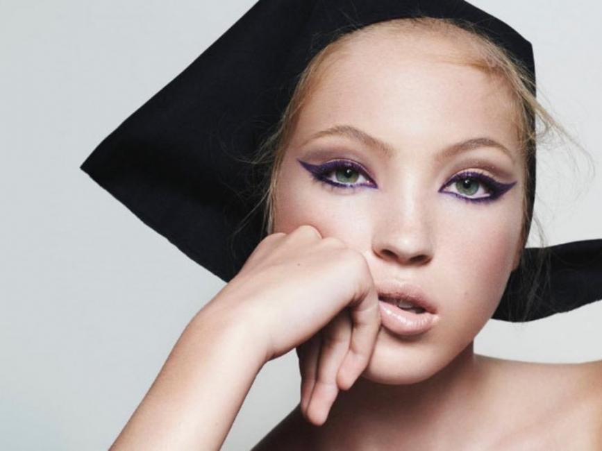 Дъщерята на Кейт Мос с кампания за Marc Jacobs Beauty