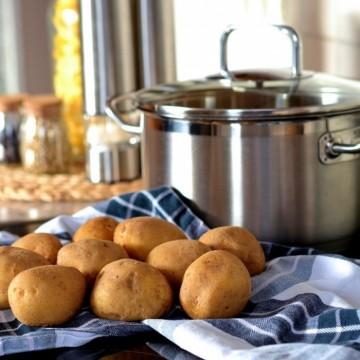 Вкусно по природа: Картофена салата с щипка френско вдъхновение