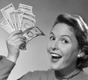 """Има ли нужда жената от лични пари за """"черни дни""""?"""