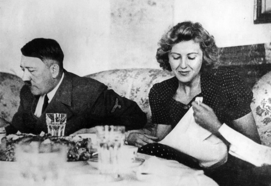 Ева Браун и Адолф Хитлер – докато смъртта ги раздели