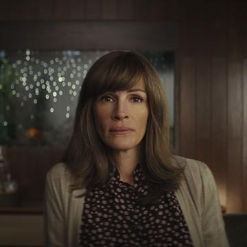 """""""Homecoming"""":  Джулия Робъртс е просто брилянтна!"""