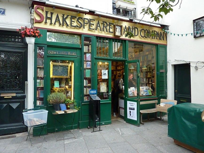 Как една американка в Париж създаде най-известната книжарница в света
