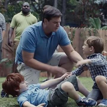 Какво мислят нашите мъже за новата реклама на Gillette