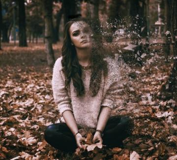 """7 естествени начина да кажете """"Сбогом!"""" на тревожността"""