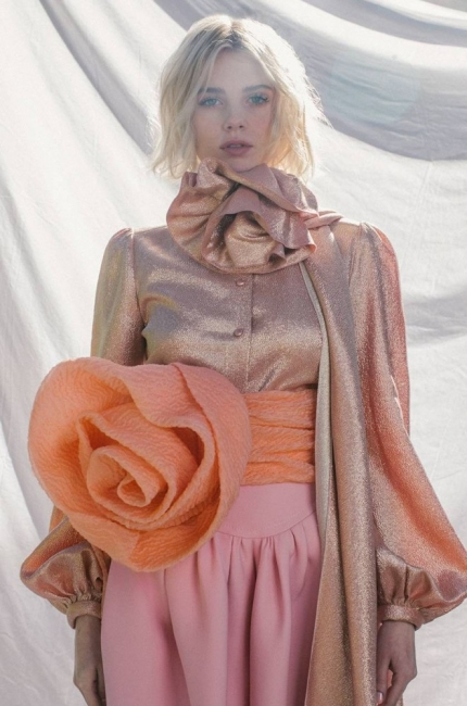 Луси Бойнтън: новата любимка на дизайнерите