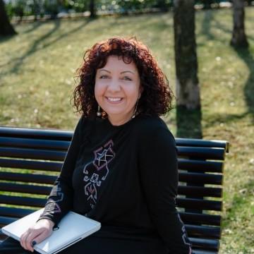 """Радина Велчева: """"Няма по-красива жена от тази, която осъзнато иска да стане майка"""""""