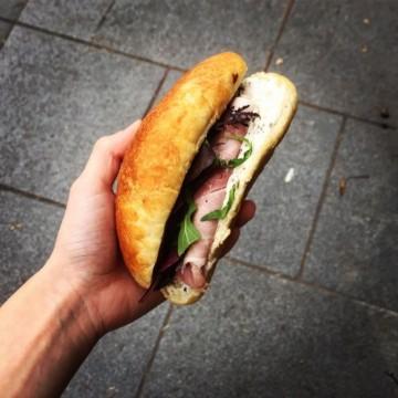 C'est la vie: Къде са най-вкусните сандвичи с шунка в Париж?
