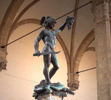 Медуза – вковаващият символ на женския гняв
