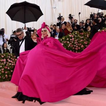 Лейди Гага показа не един, а четири тоалета на Met Gala 2019