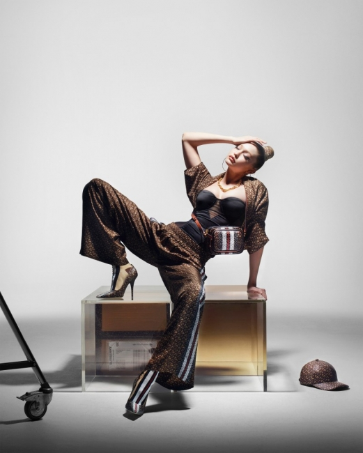 Вижте Джиджи Хадид в новата кампания на Burberry!