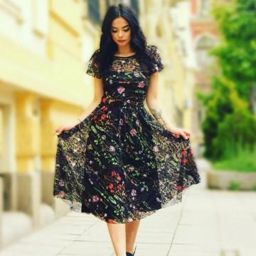 Лятно модно вдъхновение от Полина Петрова