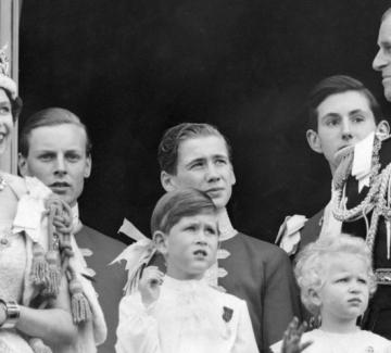 Кралица Елизабет II празнува 66 години на британския трон