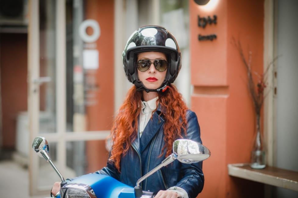Кристина от KNAPP за бавната мода и бързата Vespa