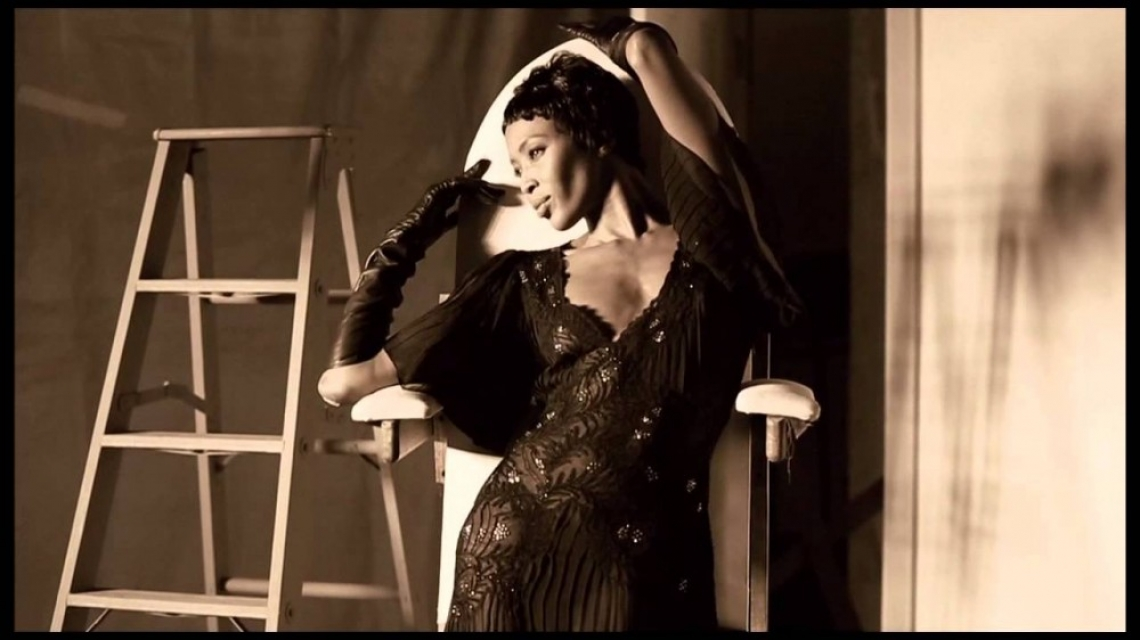 Наоми Кембъл - една модна икона на 50