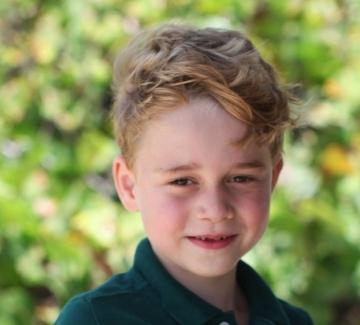 Кейт Мидълтън снима принц Джордж за рождения му ден