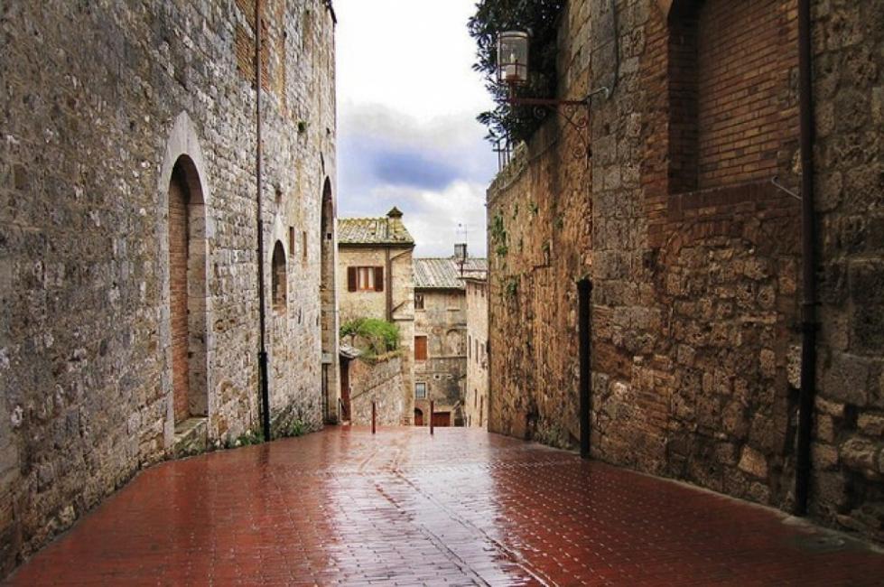Сан Джиминяно, градът на високите кули
