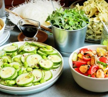 Пет летни салати, без които не може нито едно грил парти!
