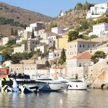 Колекционер превърна гръцки остров в уникално арт пространство